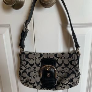 Small coach purse! Black and grey!